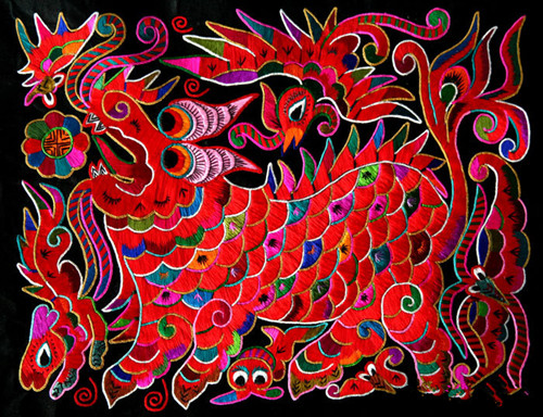 苗族刺绣宣传片解说词图片             传统手工刺绣耗费大量